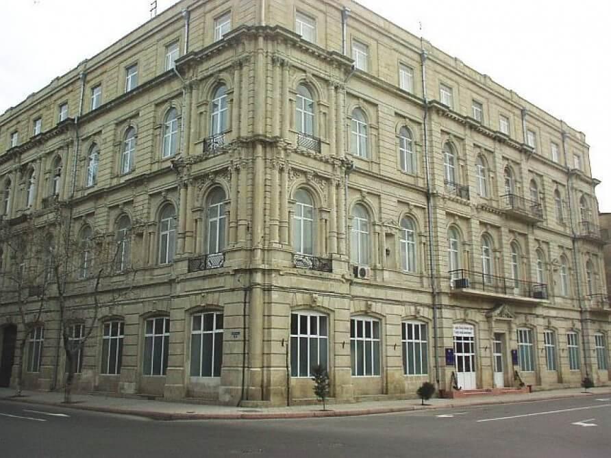 Azerbaycan Denizcilik Akademisi Ücreti