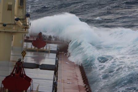 Gemide Bir Gün